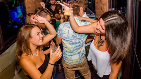 Partybuszos partyfotok